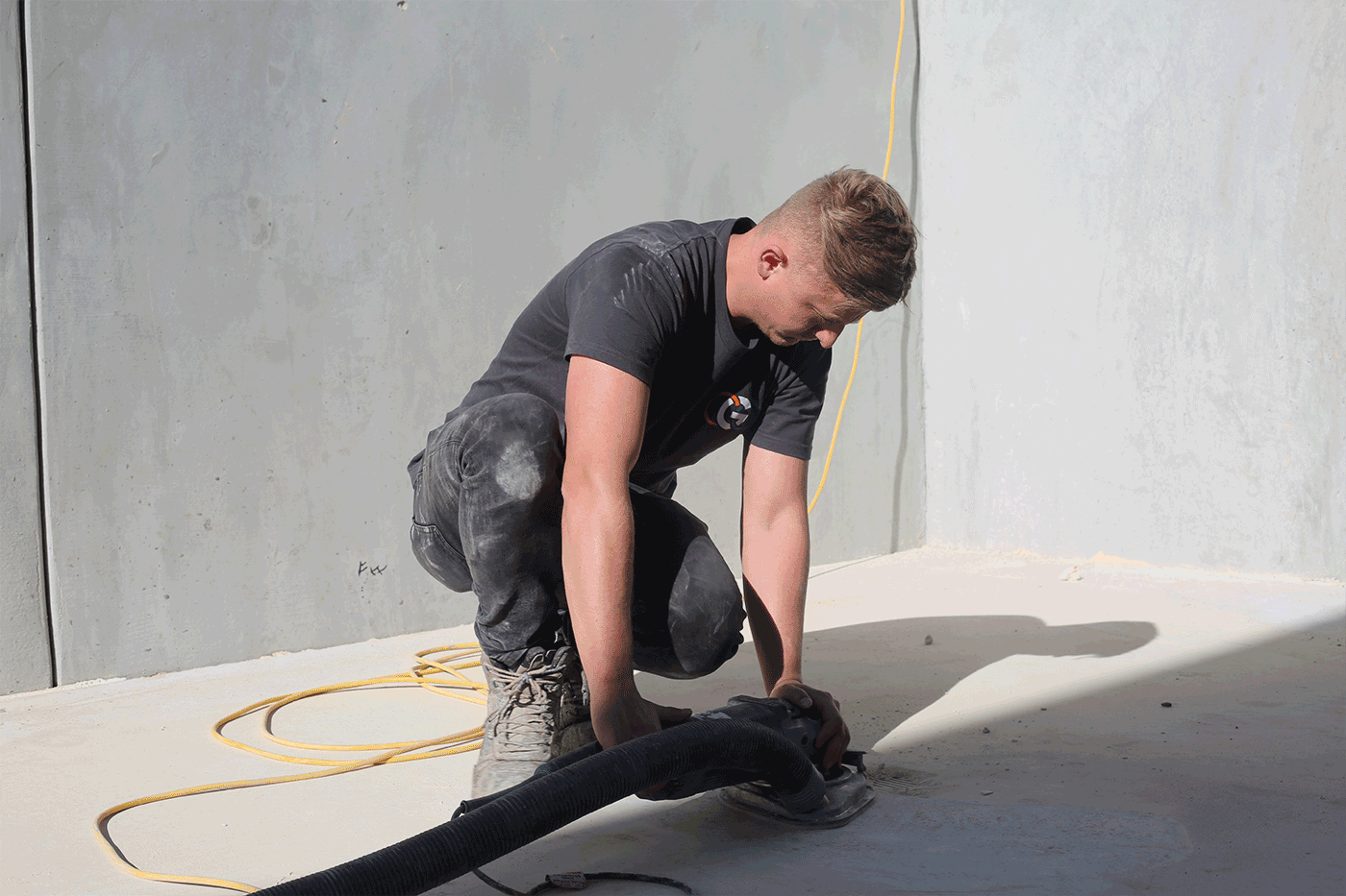 A complete guide to commercial concrete epoxy floors